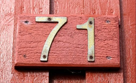 House number on wood home